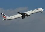 suke55さんが、羽田空港で撮影したエールフランス航空 777-328/ERの航空フォト(写真)