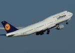 suke55さんが、羽田空港で撮影したルフトハンザドイツ航空 747-830の航空フォト(写真)