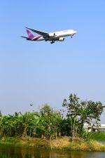 まいけるさんが、スワンナプーム国際空港で撮影したタイ国際航空 777-2D7/ERの航空フォト(写真)