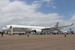 naruga201さんが、シンガポール・チャンギ国際空港で撮影したエアバス A350-1041の航空フォト(飛行機 写真・画像)