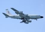 じーく。さんが、嘉手納飛行場で撮影したアメリカ空軍 RC-135V (739-445B)の航空フォト(写真)