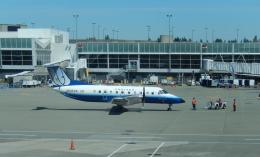 oahuさんが、ロサンゼルス国際空港で撮影したスカイウエスト EMB 120ERの航空フォト(飛行機 写真・画像)
