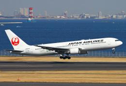 りんたろうさんが、羽田空港で撮影した日本航空 767-346の航空フォト(写真)