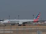 とりてつさんが、成田国際空港で撮影したアメリカン航空 777-223/ERの航空フォト(写真)