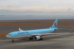 STAR TEAMさんが、中部国際空港で撮影した大韓航空 A330-322の航空フォト(写真)