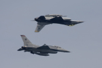 eagletさんが、シンガポール・チャンギ国際空港で撮影したシンガポール空軍 F-16 Fighting Falconの航空フォト(写真)