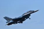 ばとさんが、三沢飛行場で撮影した航空自衛隊 F-2Bの航空フォト(写真)