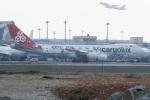 KIMISTONERさんが、台湾桃園国際空港で撮影したカーゴルクス 747-8R7F/SCDの航空フォト(写真)