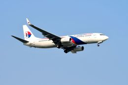 まいけるさんが、スワンナプーム国際空港で撮影したマレーシア航空 737-8H6の航空フォト(写真)