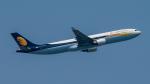 2wmさんが、シンガポール・チャンギ国際空港で撮影したジェットエアウェイズ A330-302の航空フォト(写真)