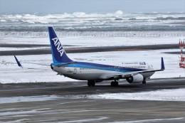 もぐ3さんが、新潟空港で撮影した全日空 737-881の航空フォト(飛行機 写真・画像)