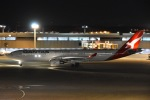 よしポンさんが、成田国際空港で撮影したカンタス航空 A330-303の航空フォト(写真)