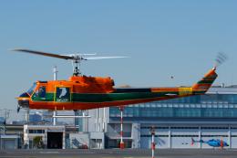 よっしぃさんが、東京ヘリポートで撮影したアカギヘリコプター 204B-2(FujiBell)の航空フォト(飛行機 写真・画像)