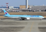 じーく。さんが、羽田空港で撮影した大韓航空 777-3B5の航空フォト(飛行機 写真・画像)