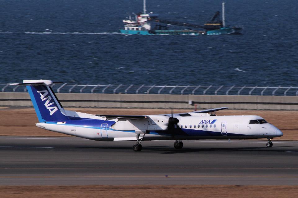 yabyanさんのエアーニッポンネットワーク Bombardier DHC-8-400 (JA853A) 航空フォト