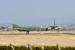 414404kazuさんが、名古屋飛行場で撮影した航空自衛隊 RF-4EJ Phantom IIの航空フォト(飛行機 写真・画像)