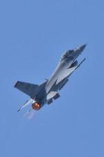 tacnacさんが、芦屋基地で撮影したアメリカ空軍 F-16 Fighting Falconの航空フォト(写真)