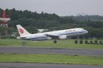 OMAさんが、成田国際空港で撮影した中国国際航空 A320-214の航空フォト(写真)
