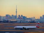 向かい風さんが、羽田空港で撮影したブリティッシュ・エアウェイズ 777-336/ERの航空フォト(写真)