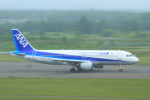 中村 昌寛さんが、新千歳空港で撮影した全日空 A320-211の航空フォト(写真)
