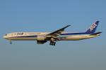じゃりんこさんが、成田国際空港で撮影した全日空 777-381/ERの航空フォト(写真)