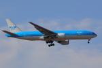 じゃりんこさんが、成田国際空港で撮影したKLMオランダ航空 777-206/ERの航空フォト(写真)