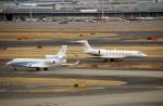 スポット110さんが、羽田空港で撮影したガスプロムアビア Falcon 7Xの航空フォト(写真)