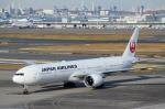 ハピネスさんが、羽田空港で撮影した日本航空 777-346/ERの航空フォト(写真)