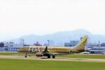 hidetsuguさんが、札幌飛行場で撮影したフジドリームエアラインズ ERJ-170-200 (ERJ-175STD)の航空フォト(写真)