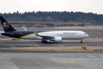 castlepeak37さんが、成田国際空港で撮影したUPS航空 767-34AF/ERの航空フォト(写真)
