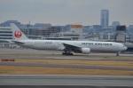 amagoさんが、伊丹空港で撮影した日本航空 777-346の航空フォト(写真)