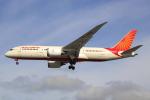 Koba UNITED®さんが、ロンドン・ヒースロー空港で撮影したエア・インディア 787-8 Dreamlinerの航空フォト(写真)