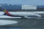 神宮寺ももさんが、新千歳空港で撮影したアシアナ航空 A321-231の航空フォト(写真)
