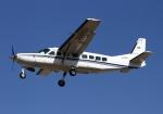 LOTUSさんが、八尾空港で撮影した学校法人ヒラタ学園 航空事業本部 208B Caravan Iの航空フォト(写真)