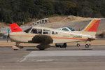 korosukeさんが、南紀白浜空港で撮影した日本個人所有 PA-28-161 Warrior IIの航空フォト(写真)