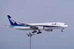 yabyanさんが、新千歳空港で撮影した全日空 777-281の航空フォト(飛行機 写真・画像)