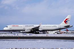 yabyanさんが、新千歳空港で撮影した中国東方航空 A321-211の航空フォト(飛行機 写真・画像)