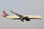 小牛田薫さんが、成田国際空港で撮影したデルタ航空 A350-941XWBの航空フォト(写真)