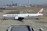 おっしーさんが、羽田空港で撮影した日本航空 777-346/ERの航空フォト(写真)