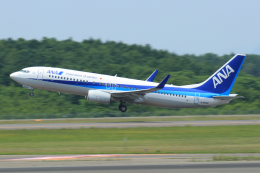中村 昌寛さんが、新千歳空港で撮影した全日空 737-881の航空フォト(飛行機 写真・画像)