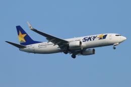ceskykrumlovさんが、羽田空港で撮影したスカイマーク 737-8FZの航空フォト(写真)