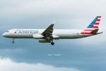 Photo : T.Nakanishiさんが、カフルイ空港で撮影したアメリカン航空 A321-231の航空フォト(写真)