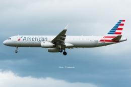 Photo : T.Nakanishiさんが、カフルイ空港で撮影したアメリカン航空 A321-231の航空フォト(飛行機 写真・画像)