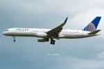 Photo : T.Nakanishiさんが、カフルイ空港で撮影したユナイテッド航空 757-224の航空フォト(写真)