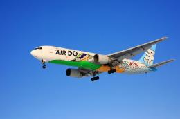 makorigeさんが、函館空港で撮影したAIR DO 767-381の航空フォト(写真)