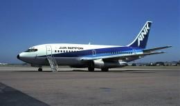 ハミングバードさんが、名古屋飛行場で撮影したエアーニッポン 737-281/Advの航空フォト(飛行機 写真・画像)