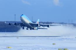 中村 昌寛さんが、新千歳空港で撮影した大韓航空 747-4B5の航空フォト(飛行機 写真・画像)