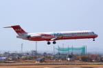 おみずさんが、高知空港で撮影した遠東航空 MD-82 (DC-9-82)の航空フォト(写真)