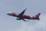 KAZKAZさんが、シンガポール・チャンギ国際空港で撮影したタイ・エアアジア A320-216の航空フォト(写真)