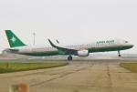 あしゅーさんが、台湾桃園国際空港で撮影した立栄航空 A321-211の航空フォト(飛行機 写真・画像)